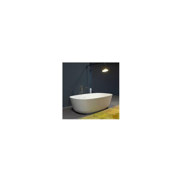 Freestanding Bathtube In Cistalplant Quot Baia Quot By Antonio