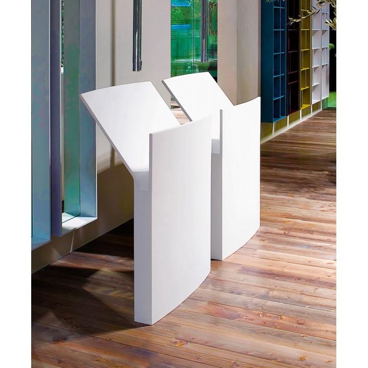 Freestanding washbasin in Cristalplant Mr. Splash by Antonio Lupi