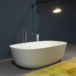 "Freestanding bathtube in cistalplant ""Baia small"" by Antonio Lupi white"