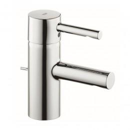 Miscelatore monocomando lavabo con scarico a saltarello serie Essence di Grohe